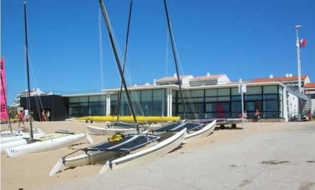 p 244 le nautique de notre dame de monts char 224 voile kayak catamaran mairie de notre dame de